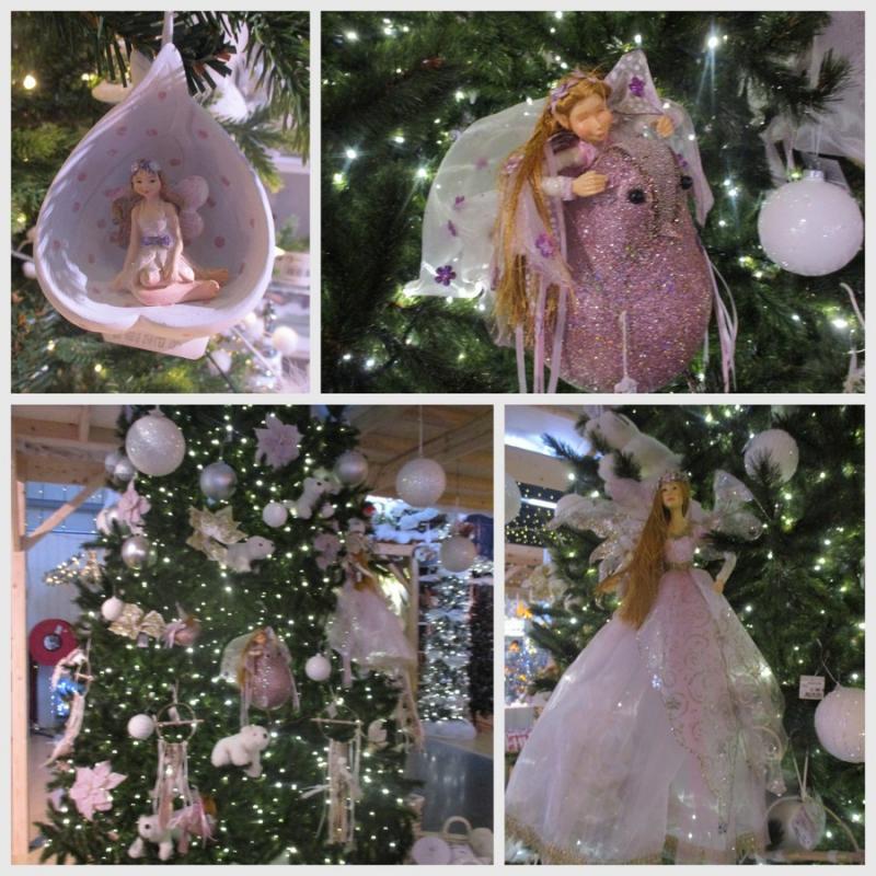 08e861110c21 Un sapin qui ravirait ma petite fille de 6 ans (aujourd hui!!!)  ce sapin  féerique...il est décoré seulement avec des fées!