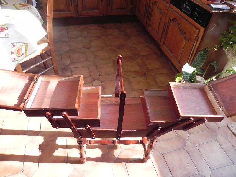 travailleuse en bois kiki cr ation. Black Bedroom Furniture Sets. Home Design Ideas