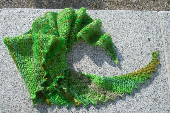 26069d89489a tuto echarpe queue de dragon - Le monde selon RAY ZAB