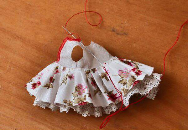 Сшить платье на маленькую куклу 941
