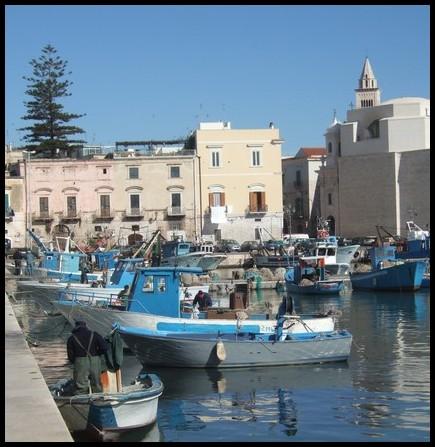 Trani italie r gion des pouilles blog de pap 39 yves - Port des pouilles ...
