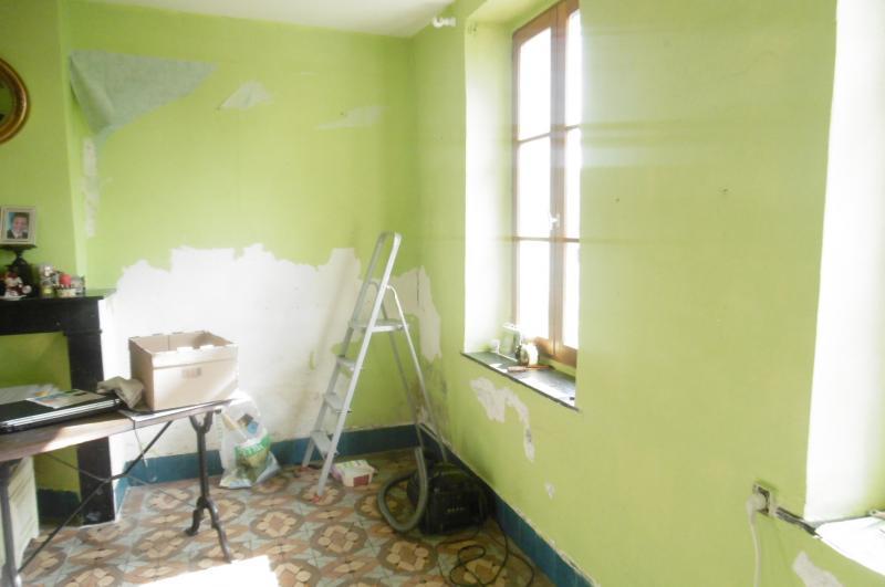 travaux d 39 une pi ce de la maison lestilleuls. Black Bedroom Furniture Sets. Home Design Ideas