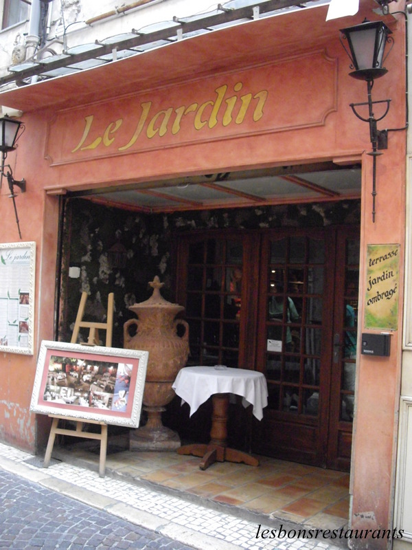 Antibes 06 restaurant le jardin les bons restaurants for Restaurant antibes le jardin