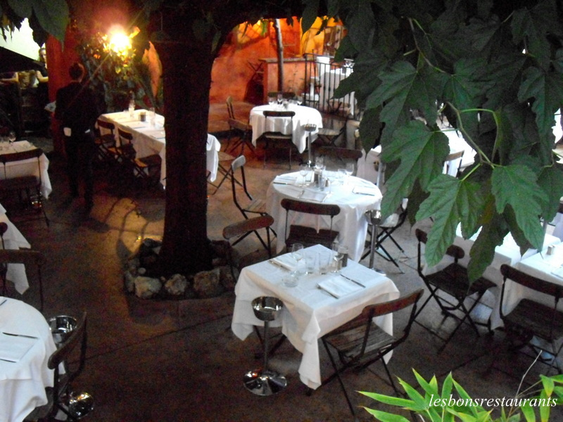 Antibes 06 restaurant le jardin les bons restaurants for Restaurant le beau jardin