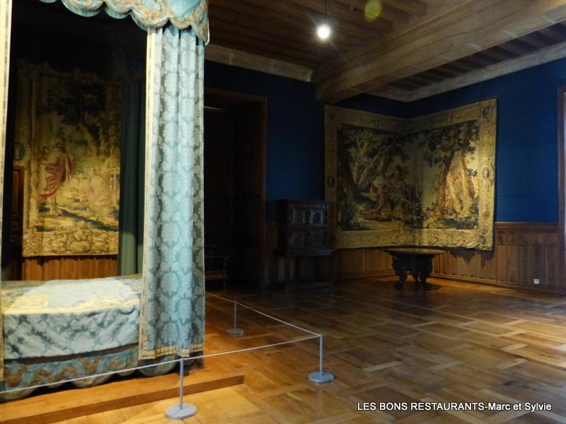 Azay le rideau 37 la grande chambre ou chambre du roi les bons restaurants - Restaurant l aigle d or azay le rideau ...