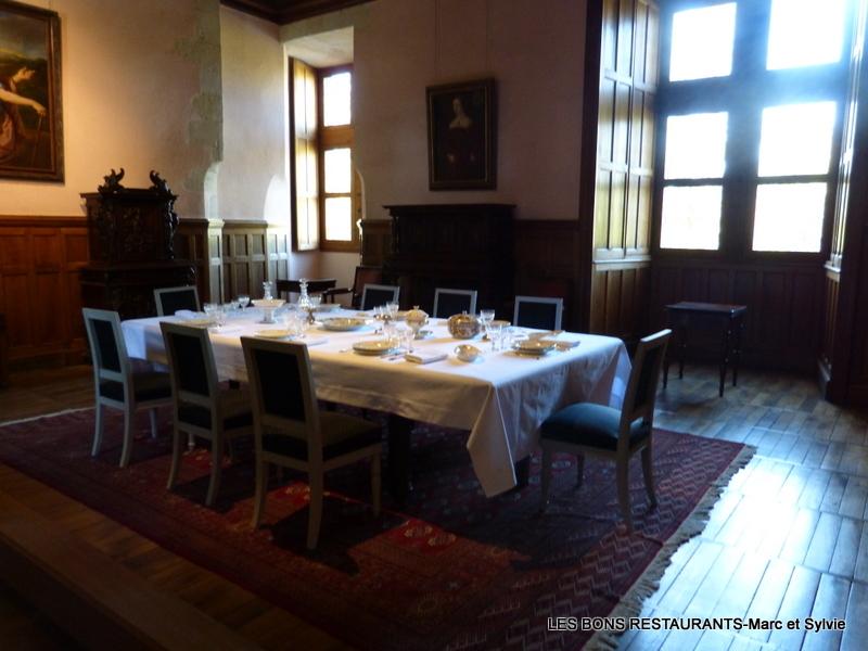 AZAY-LE-RIDEAU(37)-Petite Salle à Manger - LES BONS RESTAURANTS