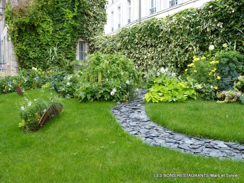 Blois 41 les jardins de l 39 v ch jardins remarquables les bons restaurants for Le jardin contemporain