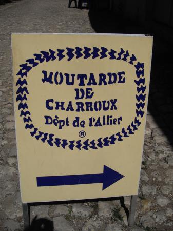 http://www.certiferme.com/blog/imgs/articles/blog-33757-charroux-auvergne-090910100149-5633872723.JPG