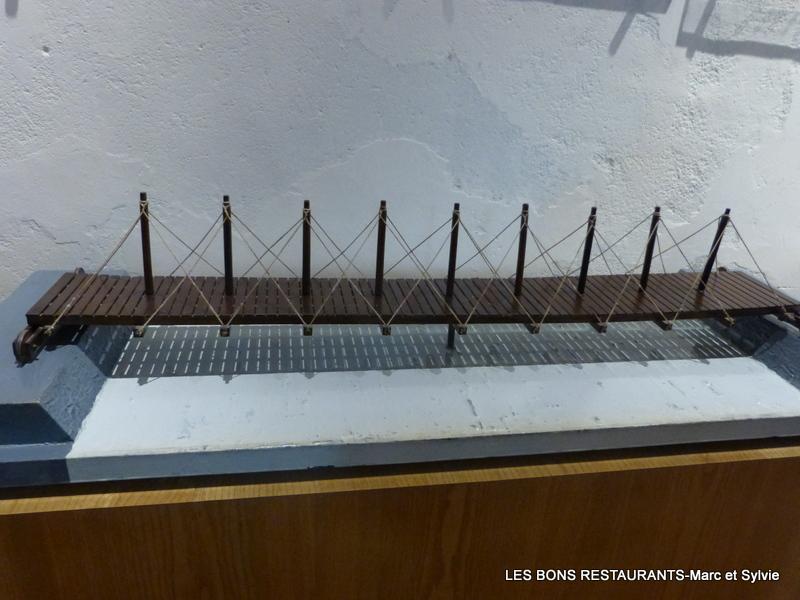 Ch teau du clos luc 37 les machines de l onard de vinci - Pont leonard de vinci ...