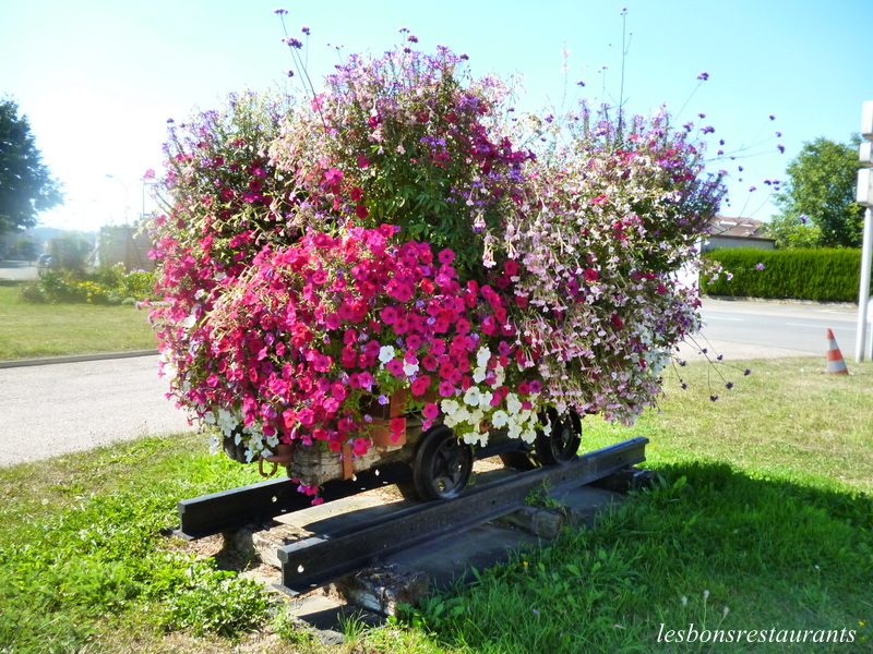 Florange 57 un wagonnet bien fleuri les bons restaurants for Florange 57