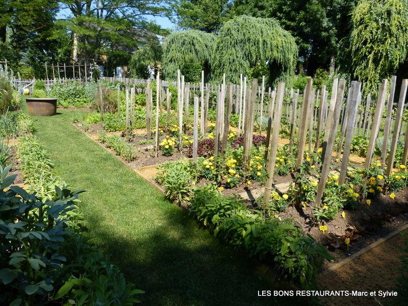 les jardins du manoir d 39 eyrignac 24 le potager et l 39 all e