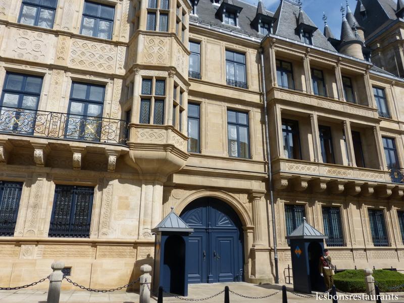 Grand Foyer Palais Du Luxembourg : Luxembourg ville lux le palais grand ducal les bons