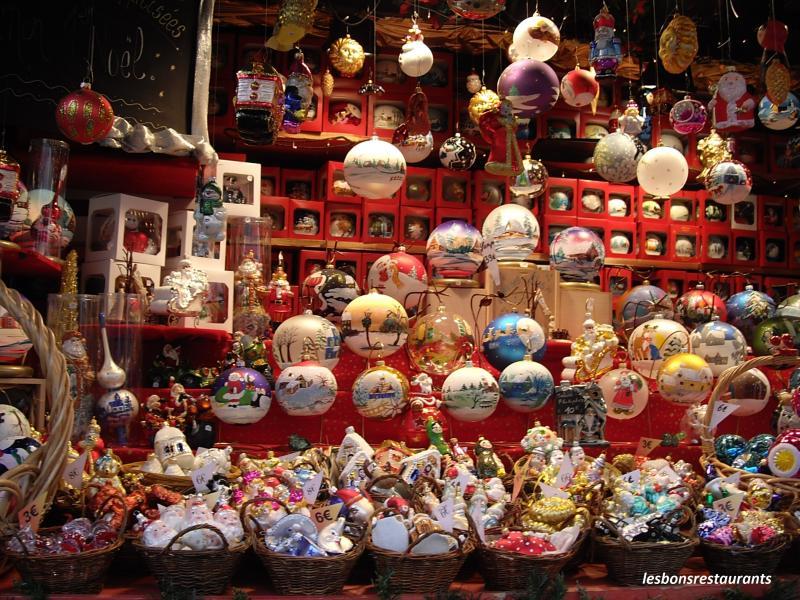 Féérie de Noël Blog-33757-metz57-la-feerie-du-marche-de-noel-091211081026-369394634