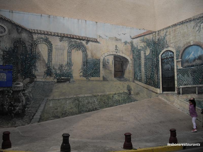 Narbonne 11 peinture murale en trompe l 39 oeil les bons restaurants - Trompe l oeil peinture ...