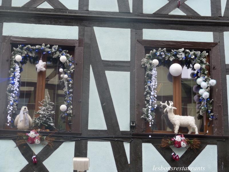 Riquewihr 68 no l aux fen tres i les bons restaurants for Decoration fenetre noel alsace