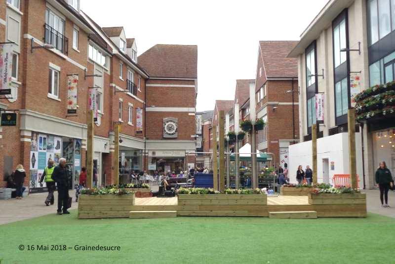 be5493e76e0c C est le quartier de Greyfriars avec le marché en plein air du mercredi et  du vendredi.