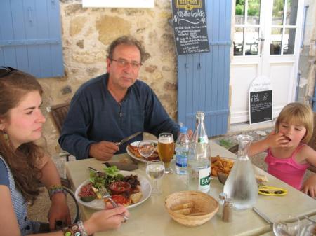 St Pierre De Cole Restaurant