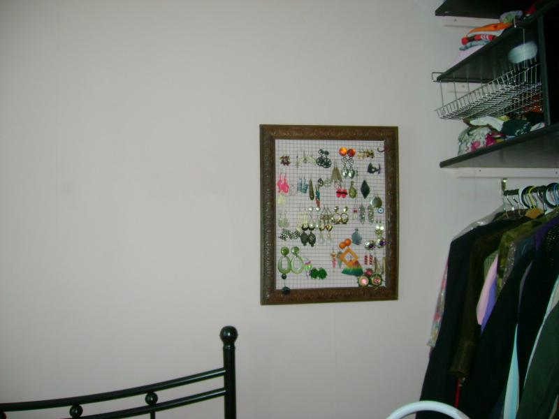 pour kiki rangement des boucles d 39 oreilles vend e blog. Black Bedroom Furniture Sets. Home Design Ideas