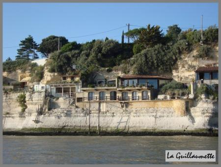 à savoir Blog-702-14-juillet-balade-en-bateau-au-depart-de-meschers-180709021906-9654936547