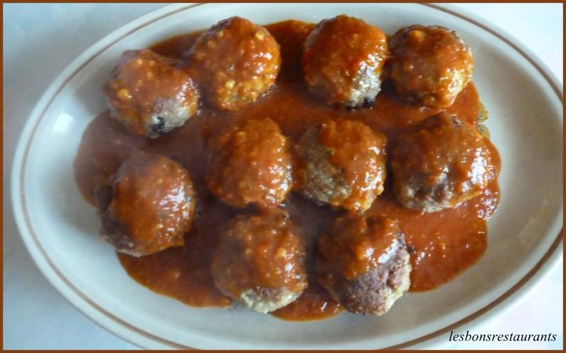Boulettes de viande la cannelle les bons restaurants - Boulette de viande en sauce ...