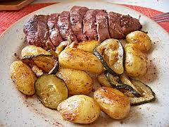 Roti de magrets de canard et ces pommes de terre - Accompagnement sardines grillees barbecue ...