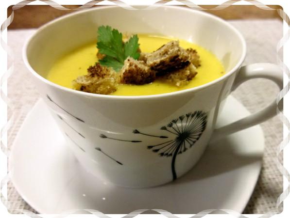 soupe de chou fleur et carottes les recettes du mas du loup. Black Bedroom Furniture Sets. Home Design Ideas