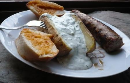 Andouillette grill e sauce yaourt maison le blog de titanique - Accompagnement andouillette grillee ...