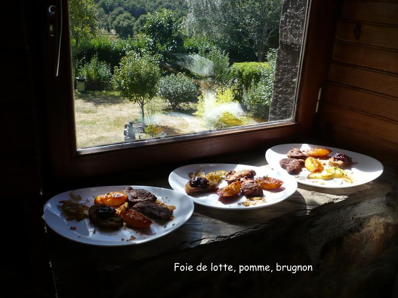 Foie gras de la mer ou foie de lotte pomme brugnons - Cuisiner le foie de lotte ...
