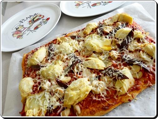 pizza au magret de canard s ch et fonds d 39 artichauts la guillaumette. Black Bedroom Furniture Sets. Home Design Ideas