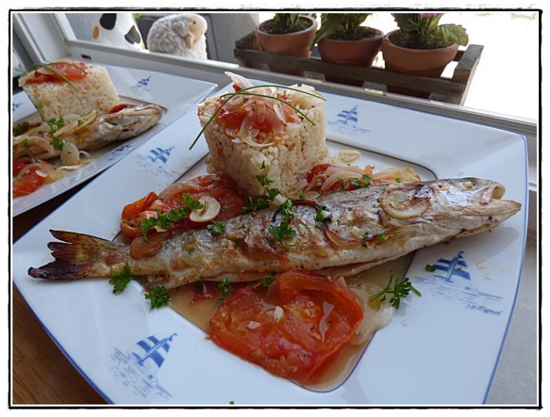Truites au four sur lit de tomates la guillaumette - Comment cuisiner la truite au four ...