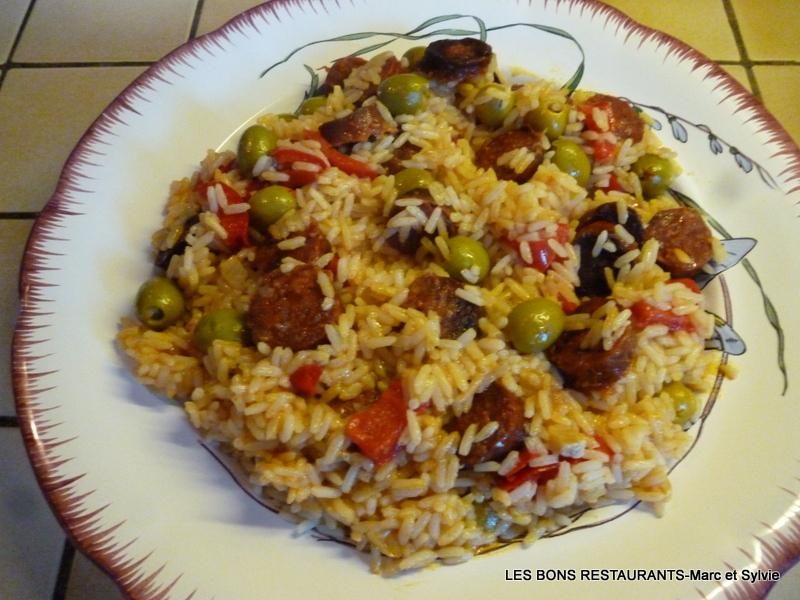 recette riz pilaf au chorizo recette riz pilaf au chorizo plat avec photo. Black Bedroom Furniture Sets. Home Design Ideas