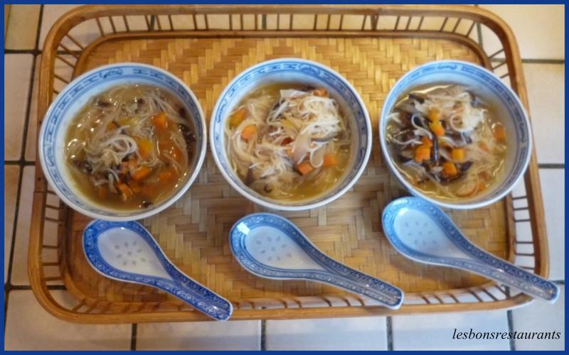 recette soupe chinoise aux vermicelles de riz recette soupe chinoise aux vermicelles de riz. Black Bedroom Furniture Sets. Home Design Ideas