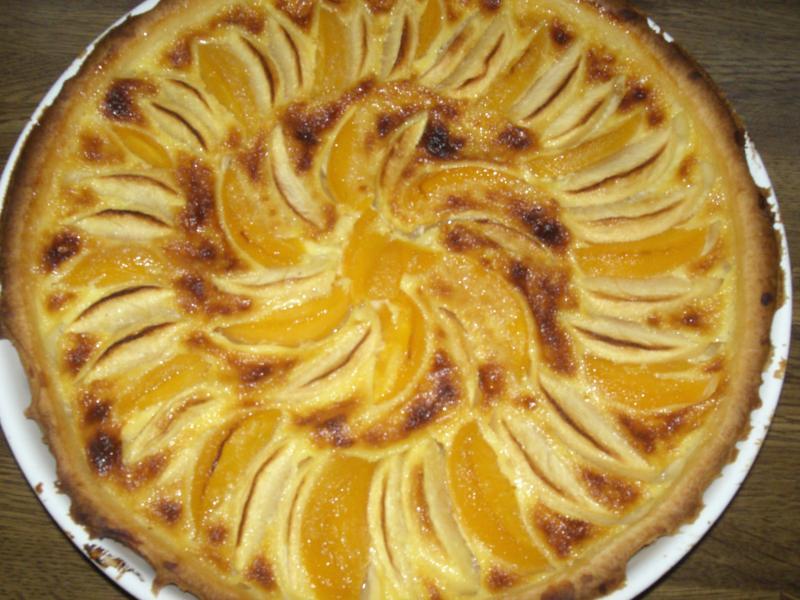 recette tarte aux pommes et p ches recette tarte aux pommes et p ches dessert avec photo. Black Bedroom Furniture Sets. Home Design Ideas