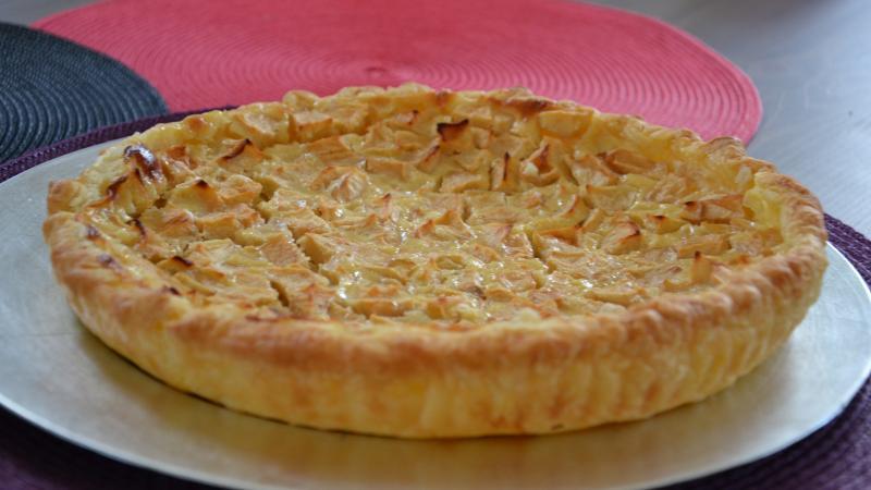 recette tarte aux pommes normande recette tarte aux pommes normande dessert avec photo. Black Bedroom Furniture Sets. Home Design Ideas
